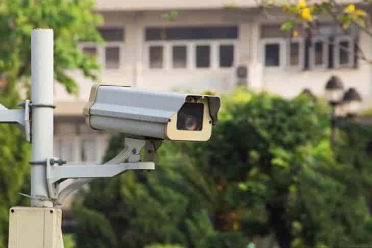 أيهم أفضل كاميرات المراقبة الخارجية أم الداخلية